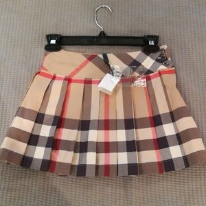 NWT Burberry Girl's Skirt, 7Y